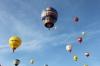 Montgolfière mit anderen Ballons